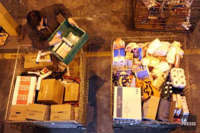 Le Bilan-Faim des banques alimentaires décrit une réalité... (Archives La Presse)