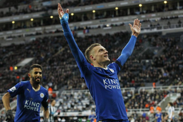 Jamie Vardy a marqué dans un 10e match d'affilée.... (PHOTO CRAIG BROUGH, REUTERS)