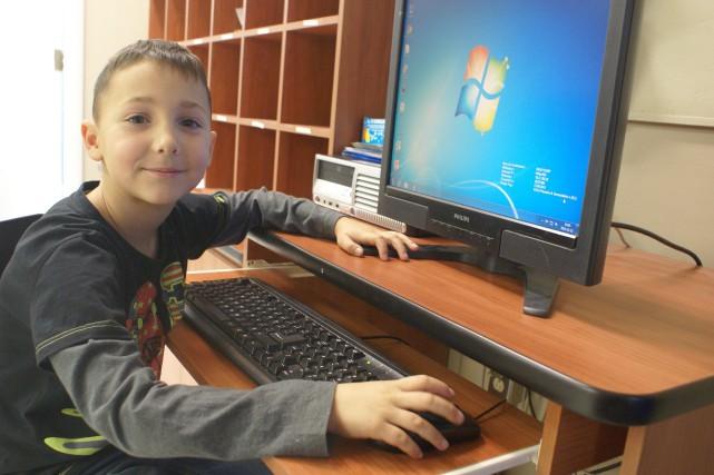 Depuis qu'il est en première année, à l'école... (Photo Le Progrès-Dimanche, Mélissa Viau)