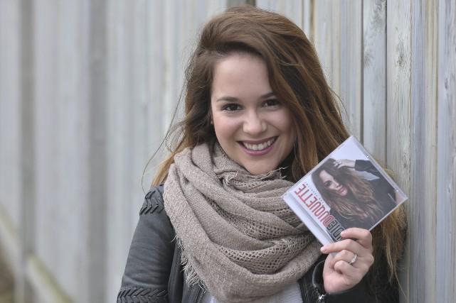 Andie Duquette a lancé son album rock Ton... (Photo Le Progrès-Dimanche, Rocket Lavoie)