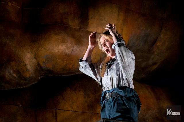 Lise Lindstrom reprend le rôled'Électre.... (PHOTO OLIVIER PONTBRIAND, LA PRESSE)