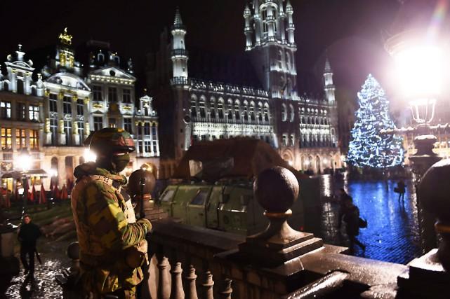 Les forces policières ont été déployées à Bruxelles,... (AFP, Emmanuel Dunand)