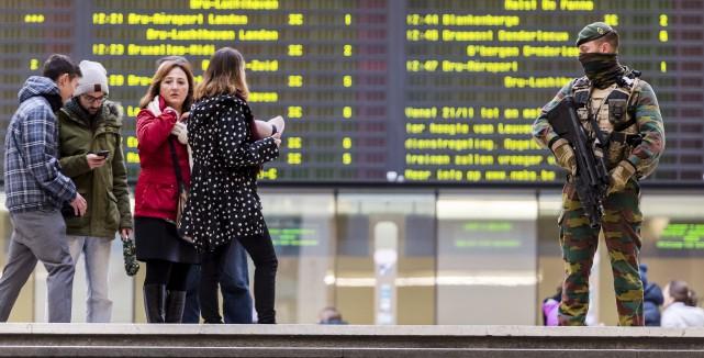 À Bruxelles, les autorités ont recommandé à la... (The Associated Press)