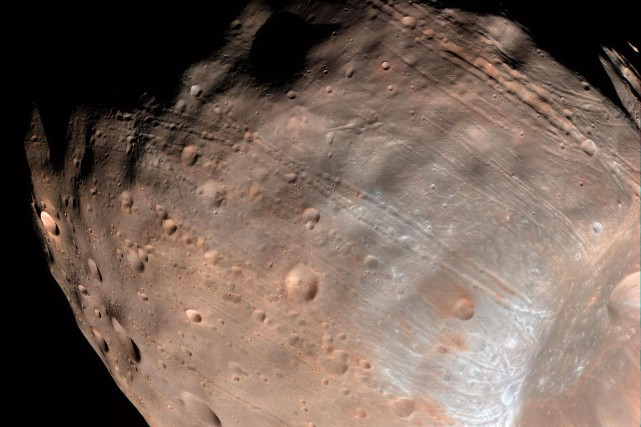 L'orbite de Phobos est une spirale qui va... (PHOTO AFP/NASA)