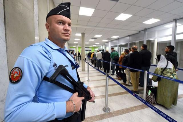 Le ministère américain des Affaires étrangères émet très... (AFP)