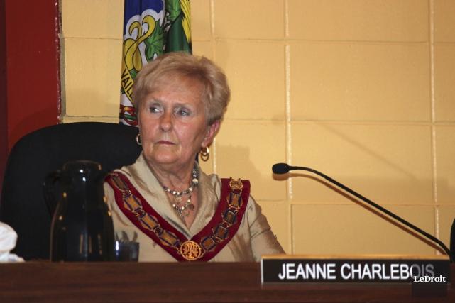 La mairesse de Hawkesbury, Jeanne Charlebois, vise 0%... (Martin Brunette, LeDroit)