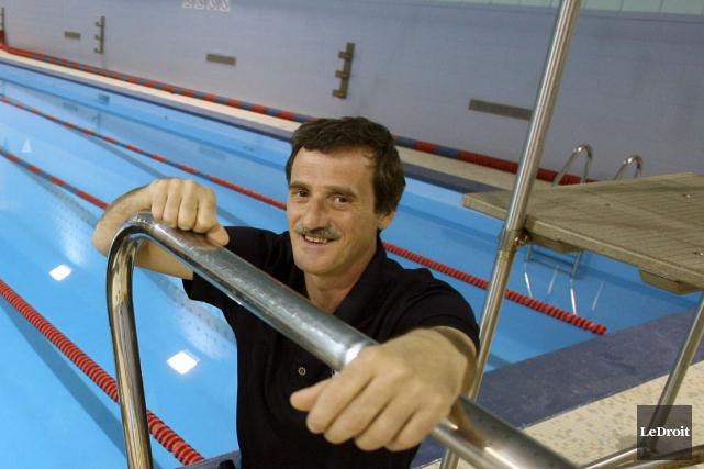 Robert Toupin a dirigé vendredi son premier entraînement... (Archives LeDroit)