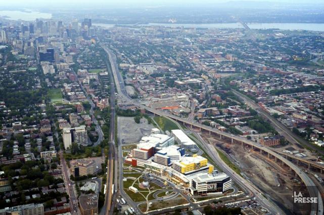 Un des segments d'autoroute les plus achalandés de la métropole durant les... (PHOTO BERNARD BRAULT, ARCHIVES LA PRESSE)