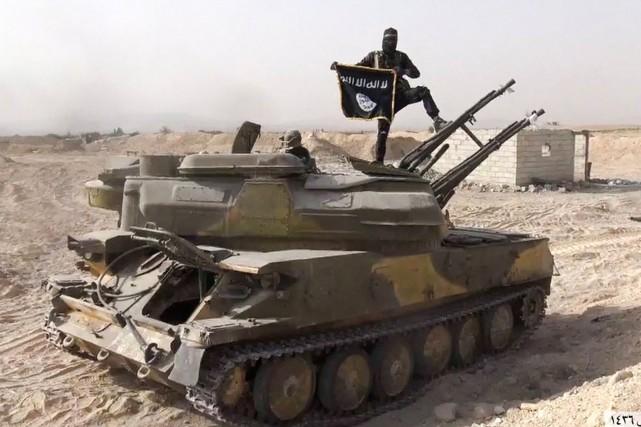 Le groupe État islamique «a bien plus de... (PHOTO ARCHIVES ASSOCIATED PRESS)