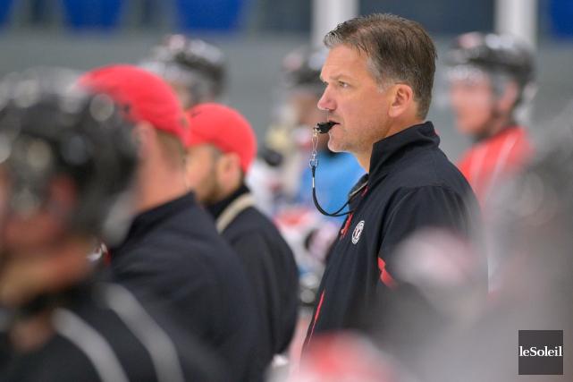 L'entraîneur-chef des Remparts de Québec, Philippe Boucher, a... (Photo Yan Doublet, Le Soleil)