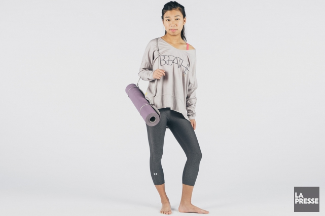 Si les fashionistas sont comblées devant le large éventail de tenues de yoga... (PHOTOS ULYSSE LEMERISE, COLLABORATION SPÉCIALE LA PRESSE)