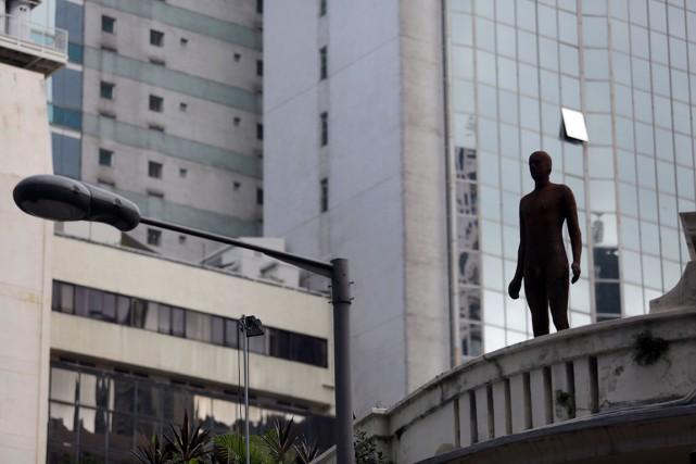 Au total, 27 silhouettes de la même taille... (AFP, Issac Lawrence)