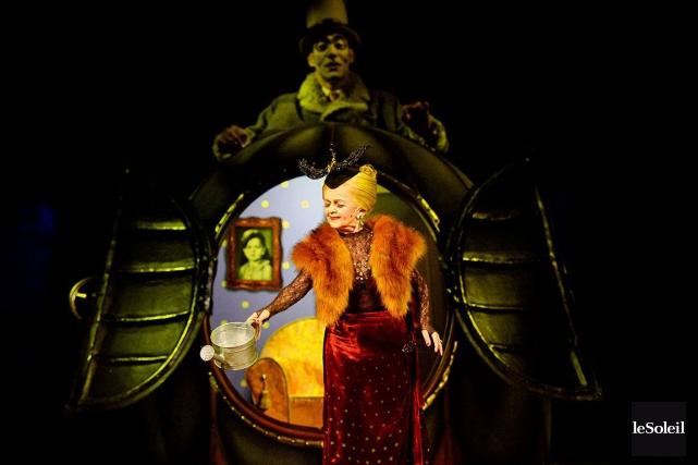 Le dernier spectacle du Cirque du Soleil sous... (Photothèque Le Soleil, Erick Labbé)