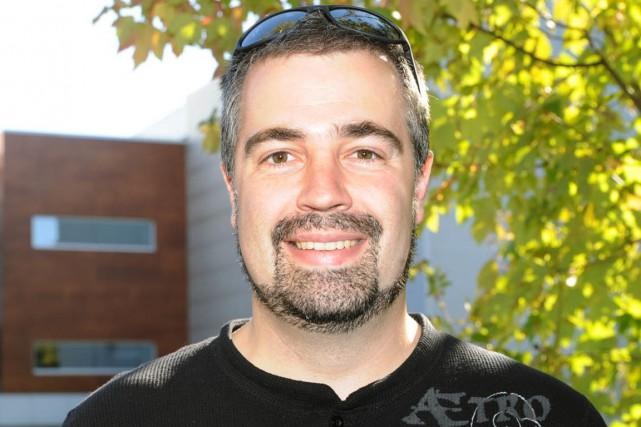 Le professeur Simon Barnabé de l'UQTR....