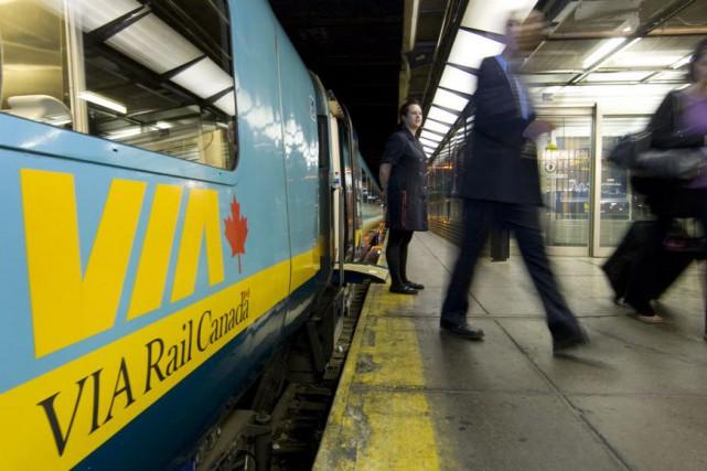 Le président et chef de la direction de Via Rail Canada, Yves...