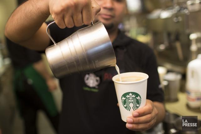 Le café ouvrira ses portes le mercredi 2... (Archives La Presse)