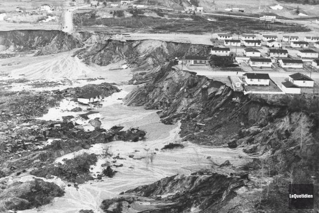Le 4 mai 1971, un imposant glissement de... (Archives Le Quotidien)