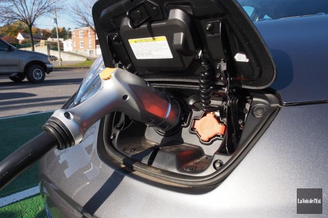 De plus en plus, les voitures électriques font leur entrée dans la vie des... (Archives La Voix de l'Est)