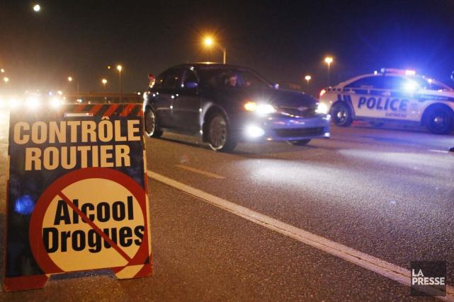 Divers corps de police du Québec lancent ce jeudi l'opération VACCIN constituée... (Archives La Presse)