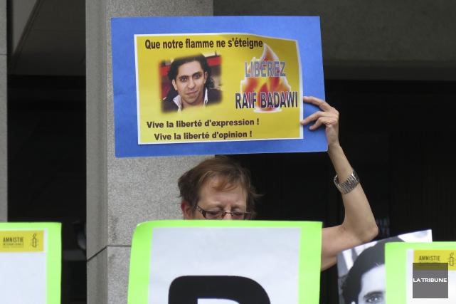 L'affaire du blogueur saoudien Raif Badawi condamné à la prison et à 1000 coups... (Archives La Tribune, René Marquis)