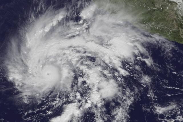 L'ouraganSandraest passé jeudi à la catégorie4.... (Photo Reuters)
