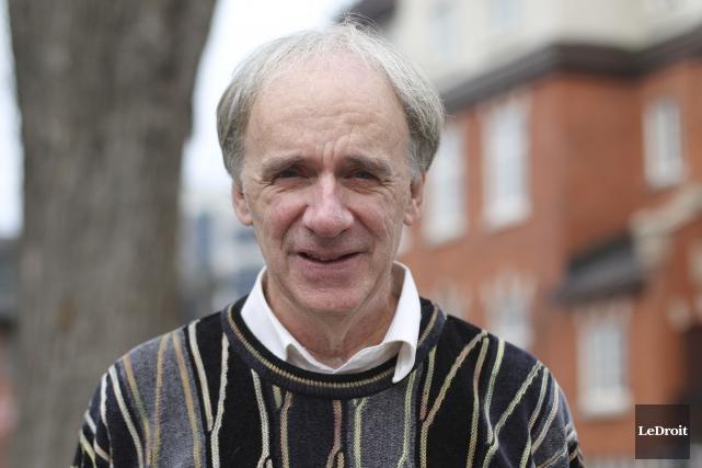 L'ex-maire de Gatineau, Marc Bureau... (Patrick Woodbury, Archives LeDroit)