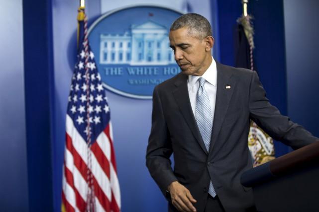 ANALYSE / Le 12 novembre, une journée avant les attentats de Paris, le... (Associated Press)