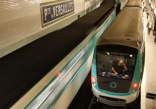 Les transports en commun seront gratuits demain et lundi à Paris, mais ce ne... (REUTERS)