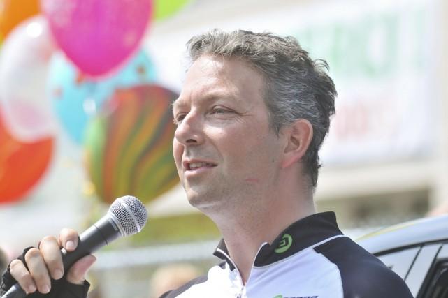 Joël Bernier s'est adressé à la foule qui... (Émilie O'Connor)