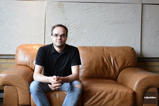 Le directeur général du 100 Masques, Dario Larouche,... (Archives Le Quotidien)