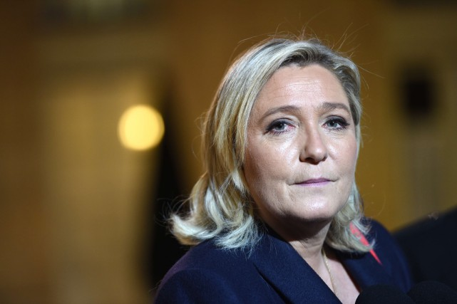 La chef du Front national français, Marine Le Pen... (PHOTO ARCHIVES AFP)