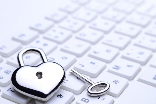« Les gens commencent à douter davantage. Les fraudes sur internet sont... (Photo 123RF)