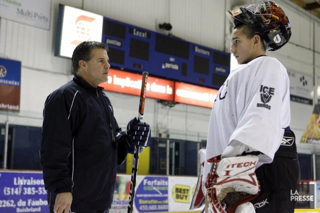 Martin Daoust gravite dans le monde du hockey... (Archives La Presse)