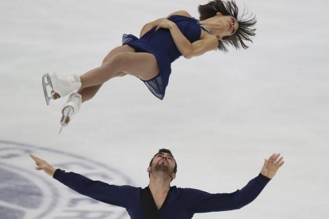 Meagan Duhamel et Eric Radford... (Photo Koji Sasahara, AP)