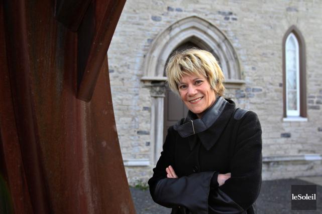 Diane Blanchette dirige Diffusion culturelle de Lévis depuis... (Le Soleil, Pascal Ratthé)