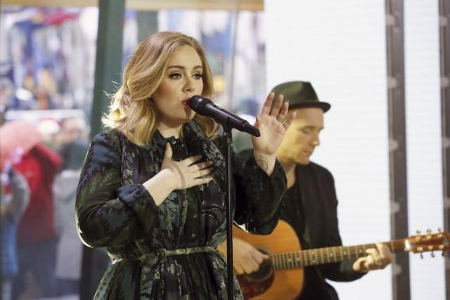 Adele lors de son passage à l'émission Today... (PHOTO HEIDI GUTMAN, AP/NBC)