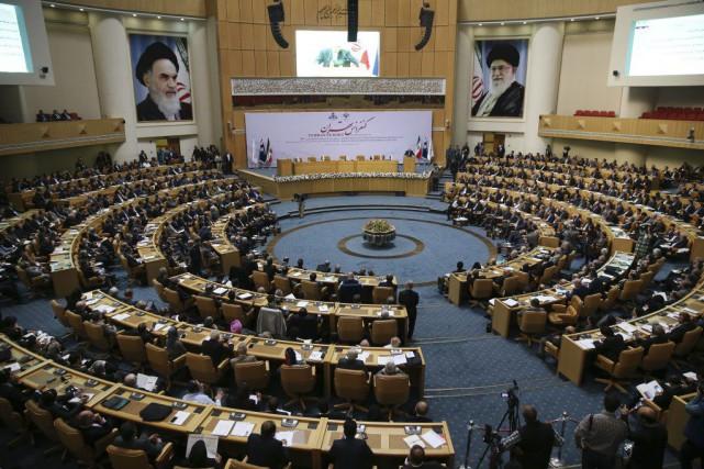 Des représentants de 152 compagnies étrangères sont à... (Vahid Salemi, AP)