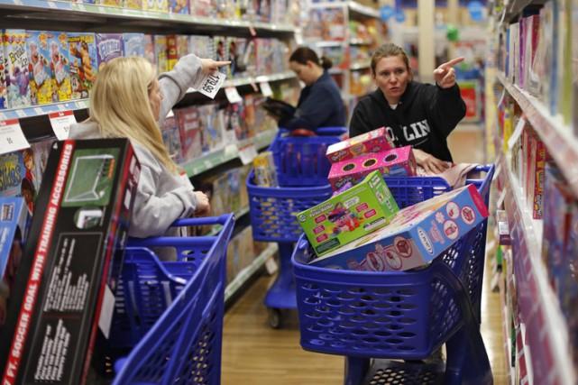 Pour les gens qui ont acheté en magasin,... (PHOTO AP)