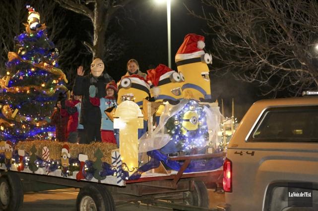 Les populaires Minions étaient au rendez-vous à Cowansville... (Julie Catudal, La Voix de l'Est)