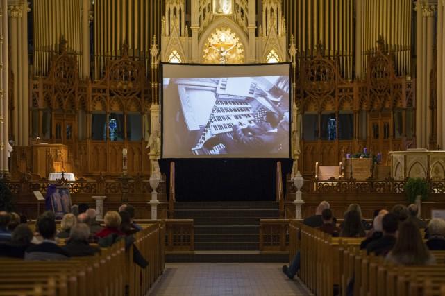 Alcee Chriss III à l'orgue de la cathédrale... (Olivier Croteau)