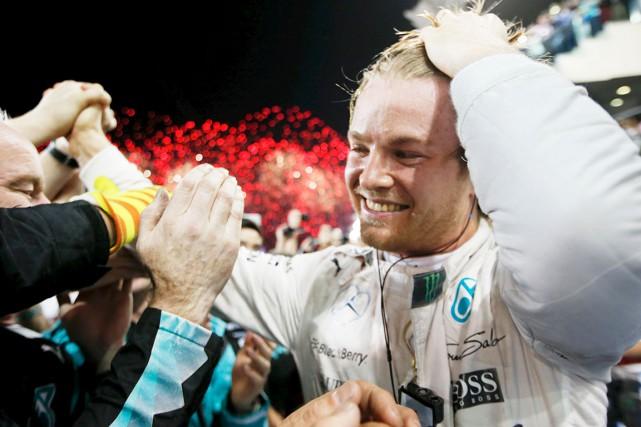 Même si Nico Rosberg a remporté les trois... (AP, Luca Bruno)