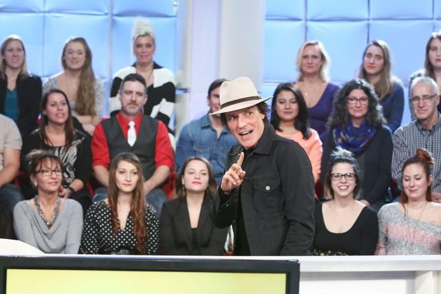 Jean Leloup semblait s'amuser comme un petit fou... (Fouronie par Ici Radio-Canada télé)