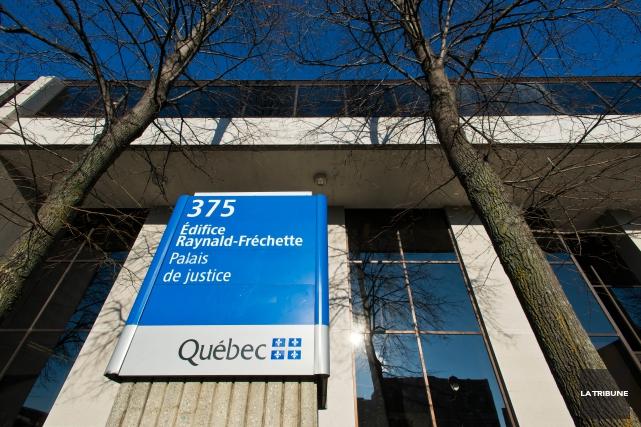 Ouverture lundi à Sherbrooke du procès devant jury de l'agent du Service de... (Archives, La Tribune)
