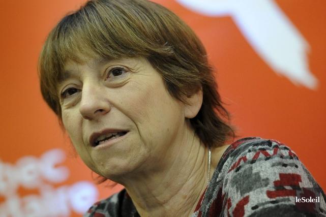 Françoise David, dénoncele projet du gouvernement de couper... (PHOTO PATRICE LAROCHE, ARCHIVES LE SOLEIL)