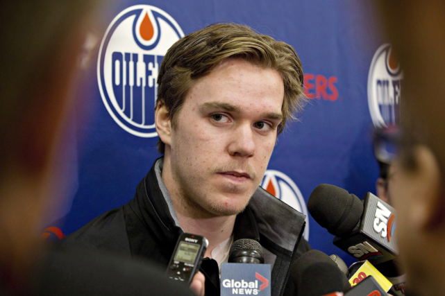 Connor McDavid ne ressent plus de douleur et s'attend à... (Photo Jason Franson, PC)