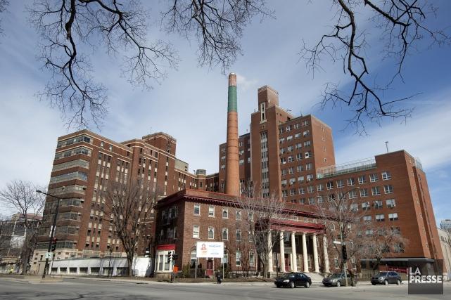 L'ancien Hôpital de Montréal pour enfants, près de... (PHOTO ROBERT SKINNER, ARCHIVES LA PRESSE)