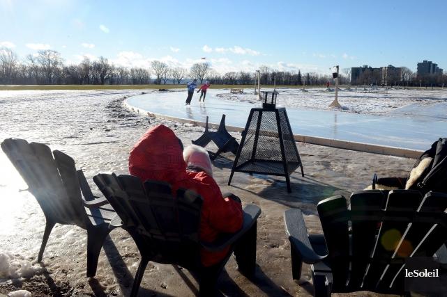 Les Québécois et les Canadiens devraient avoir un hiver plus doux que les... (Le Soleil, Erick Labbé)