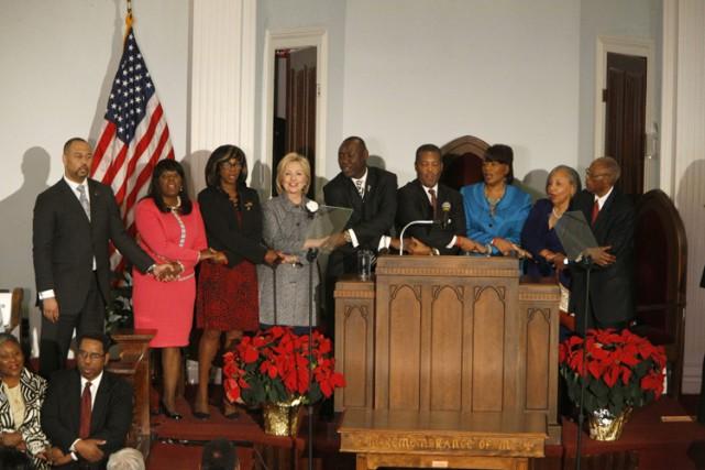 Hillary Clinton a livré undiscours mardi dans l'église... (PHOTO AP)