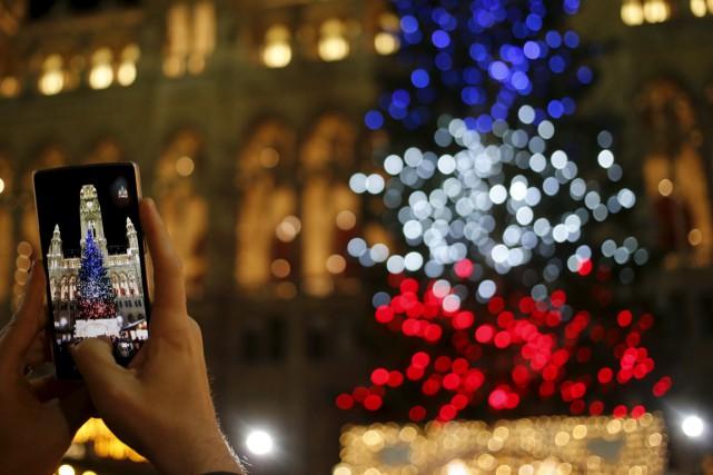 Hôteliers et restaurateurs, en particulier parisiens, ont constaté... (Photo Reuters)