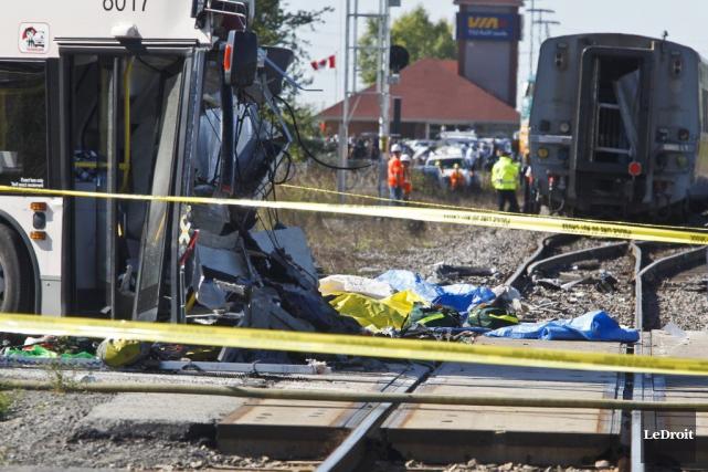 L'accident du 18 septembre 2013 impliquant un bus... (Patrick Woodbury, Archives LeDroit)